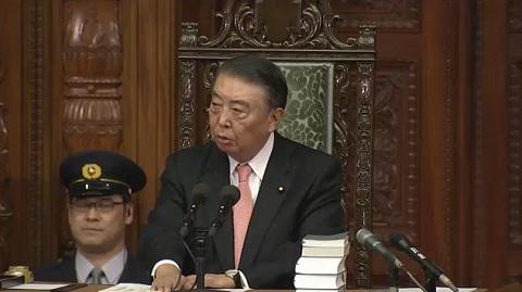 12月5日(木)本会議に出席しました。