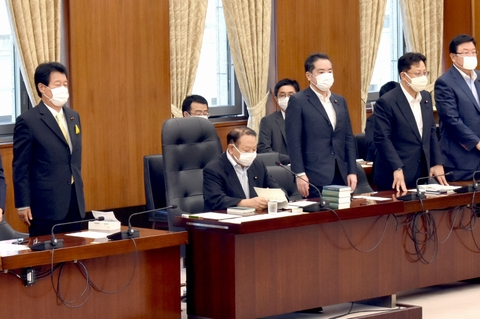 6/10(水)内閣委員会、本会議に出席。